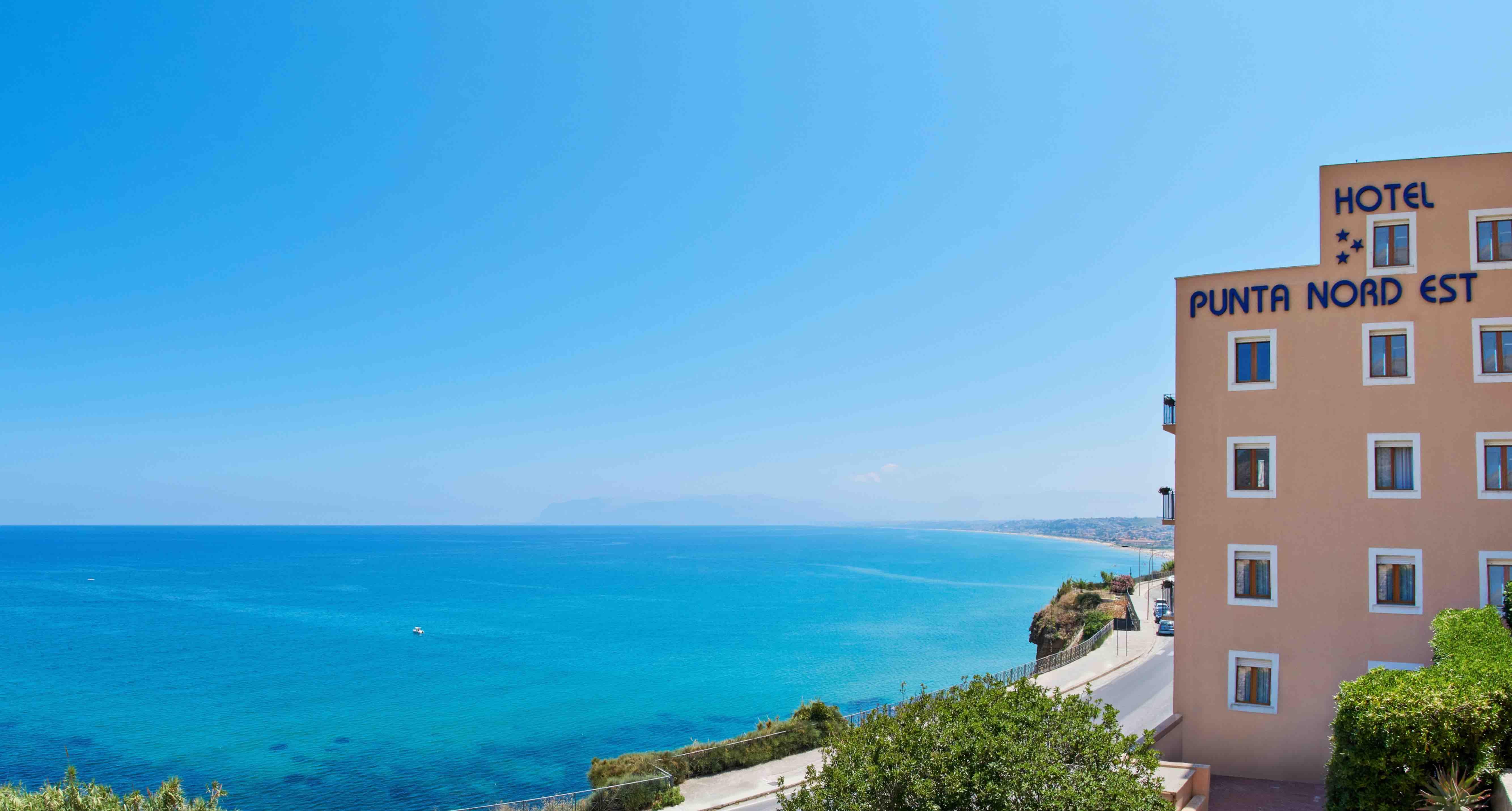 Punta Nord Est Hotel – Castellammare del Golfo